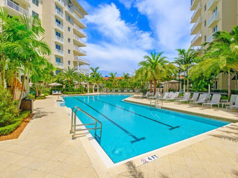 TGM Harbor Beach Resort-style Swimming Pool 4